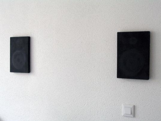 http://hugopernet.com/files/gimgs/th-14_09_ Sans titre_ Imprégnation acrylique sur toile, 2003.jpg