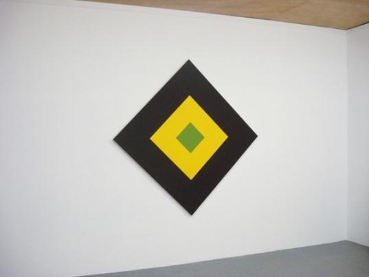 http://hugopernet.com/files/gimgs/th-21_04_ Solitaire_ Acrylique sur toile, 172x172 cm.jpg
